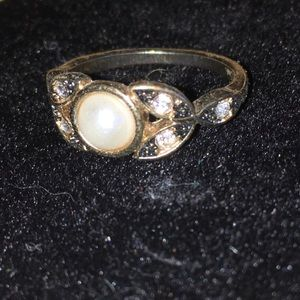 Faux Pearl and Diamond Ring 💍